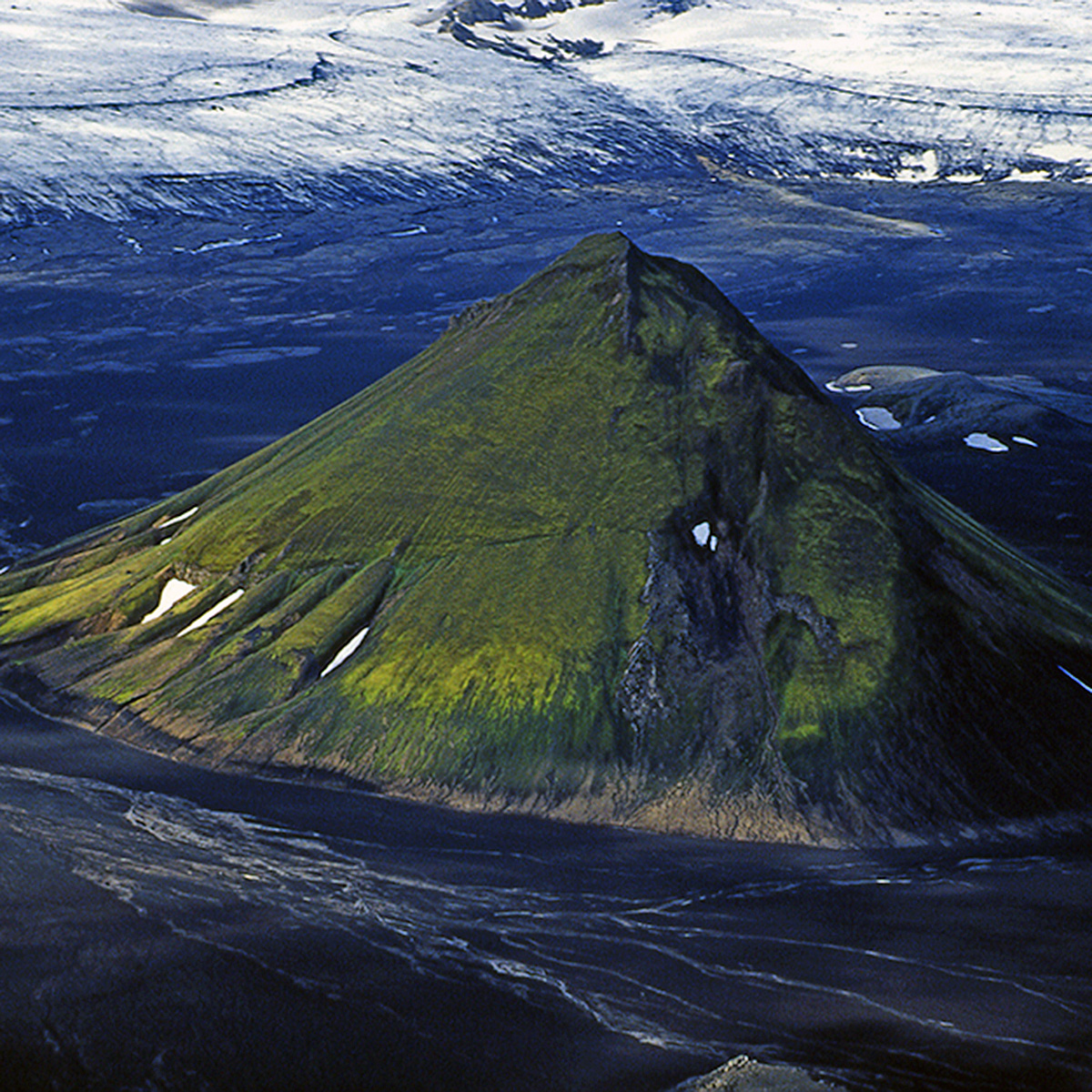 Volcanos, Highlands and Glaciers